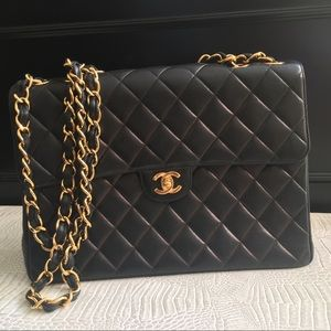 SOLD!!!Vintage Chanel Classic Quilted Double Chain